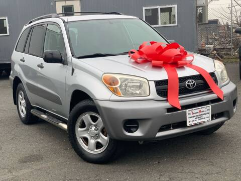 2004 Toyota RAV4 for sale at Speedway Motors in Paterson NJ