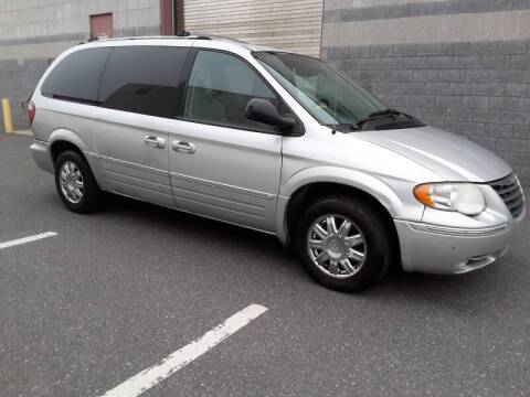 2006 Chrysler Town and Country for sale at Autos Under 5000 + JR Transporting in Island Park NY
