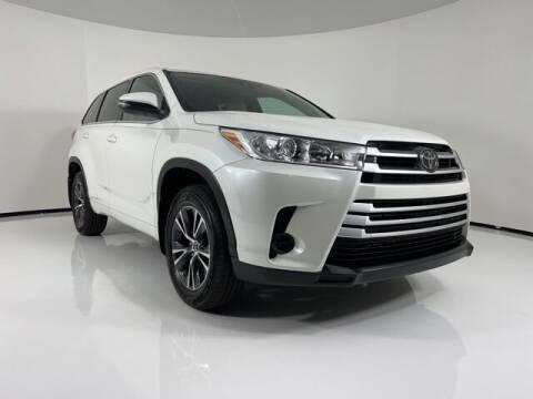 2018 Toyota Highlander for sale at PHIL SMITH AUTOMOTIVE GROUP - Toyota Kia of Vero Beach in Vero Beach FL