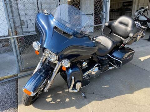 2016 Harley Davidson FLHTCU Ultra Classic for sale at INTERSTATE AUTO SALES in Pensacola FL