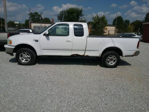 1998 Ford F-150 for sale at MIKE'S CYCLE & AUTO in Connersville IN