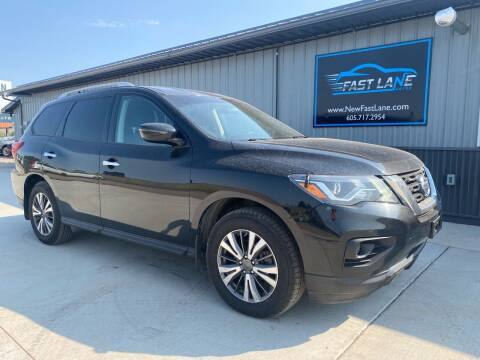 2017 Nissan Pathfinder for sale at FAST LANE AUTOS in Spearfish SD