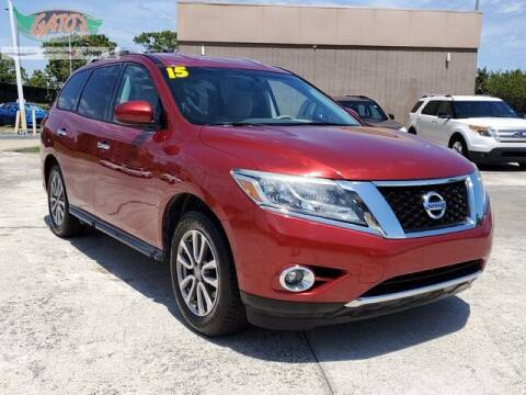 2015 Nissan Pathfinder for sale at GATOR'S IMPORT SUPERSTORE in Melbourne FL