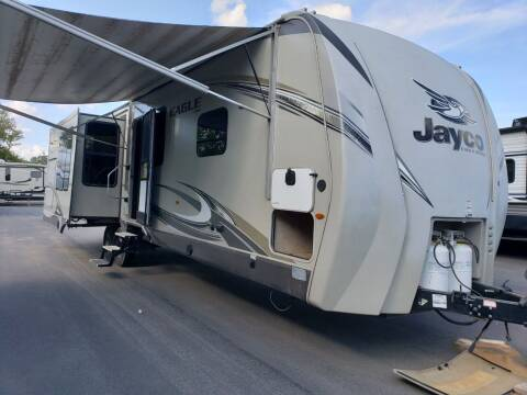2018 Jayco Eagle 322RLOK for sale at Ultimate RV in White Settlement TX
