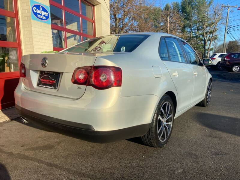 2010 Volkswagen Jetta Limited Edition PZEV 4dr Sedan 6A - Coventry CT