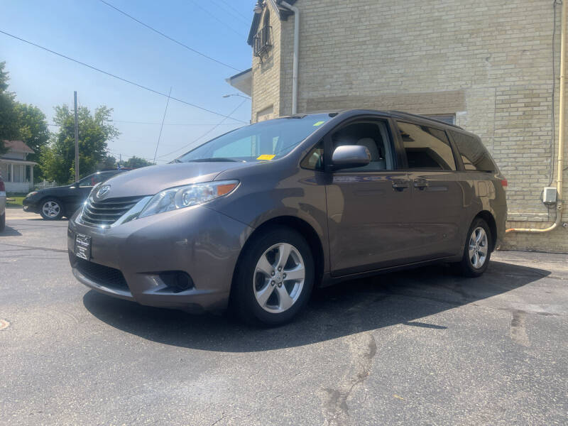 2011 Toyota Sienna for sale at Strong Automotive in Watertown WI