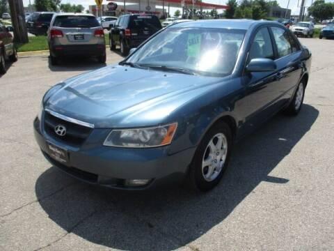 2006 Hyundai Sonata for sale at King's Kars in Marion IA