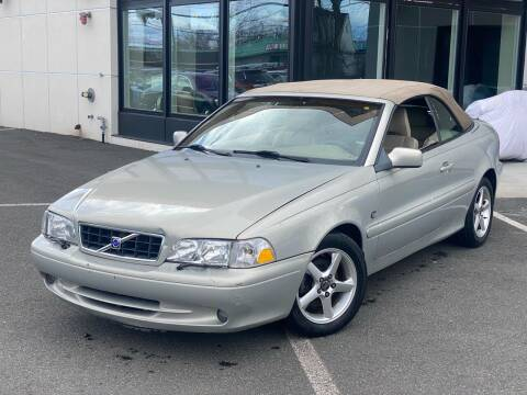 2004 Volvo C70 for sale at MAGIC AUTO SALES in Little Ferry NJ