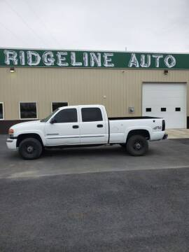 2005 GMC Sierra 2500HD for sale at RIDGELINE AUTO in Chubbuck ID