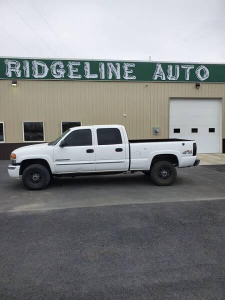 2005 GMC Sierra 2500HD for sale at RIDGELINE AUTO in Chubbuck ID