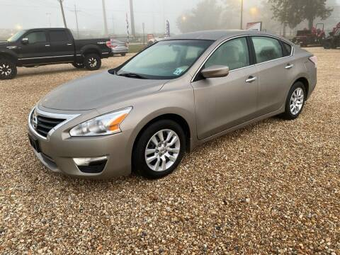 2014 Nissan Altima for sale at Community Auto Specialist in Gonzales LA