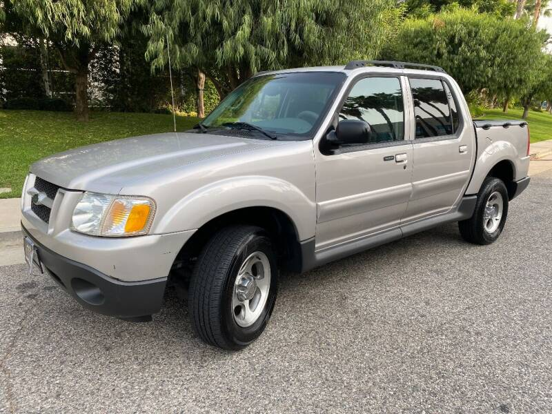 2004 Ford Explorer Sport Trac for sale at Donada  Group Inc in Arleta CA