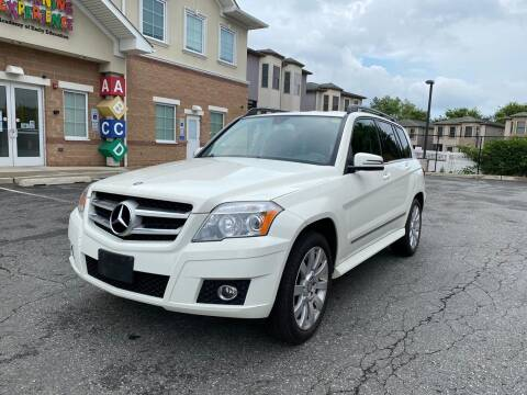 2010 Mercedes-Benz GLK for sale at JG Auto Sales in North Bergen NJ