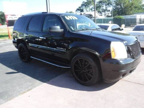 2007 GMC Yukon for sale at LEGACY MOTORS INC in New Port Richey FL