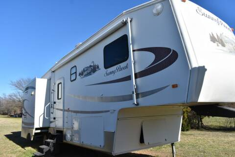 2008 Winnebago Sunny brook 31BKWS for sale at Buy Here Pay Here RV in Burleson TX