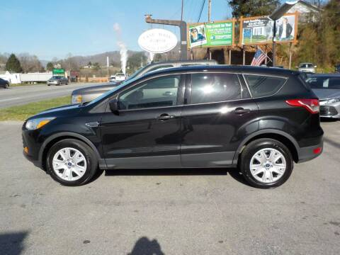 2013 Ford Escape for sale at EAST MAIN AUTO SALES in Sylva NC