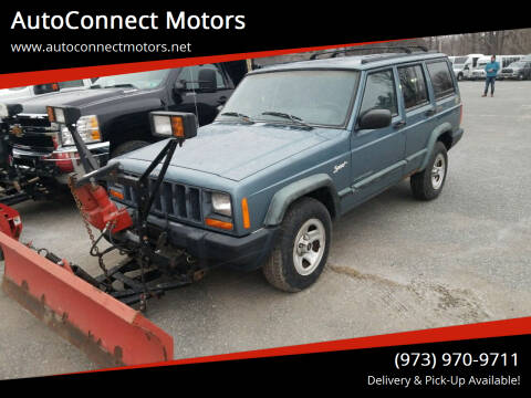 1998 Jeep Cherokee for sale at AutoConnect Motors in Kenvil NJ