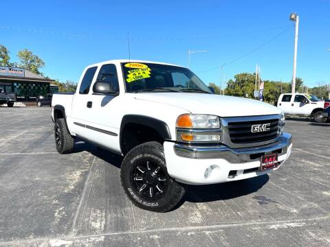 2006 GMC Sierra 1500 for sale at A & S Auto and Truck Sales in Platte City MO