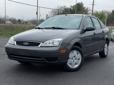2007 Ford Focus for sale at MAGIC AUTO SALES in Little Ferry NJ