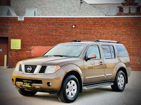 2005 Nissan Pathfinder for sale at ARCH AUTO SALES in St. Louis MO