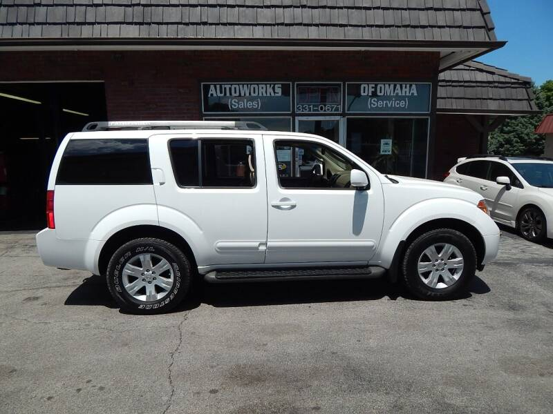 2005 Nissan Pathfinder for sale at AUTOWORKS OF OMAHA INC in Omaha NE