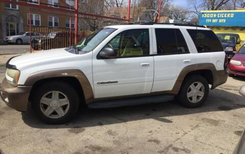 2002 Chevrolet TrailBlazer for sale at HW Used Car Sales LTD in Chicago IL