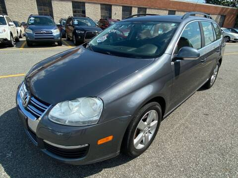 2009 Volkswagen Jetta for sale at MAGIC AUTO SALES - Magic Auto Prestige in South Hackensack NJ