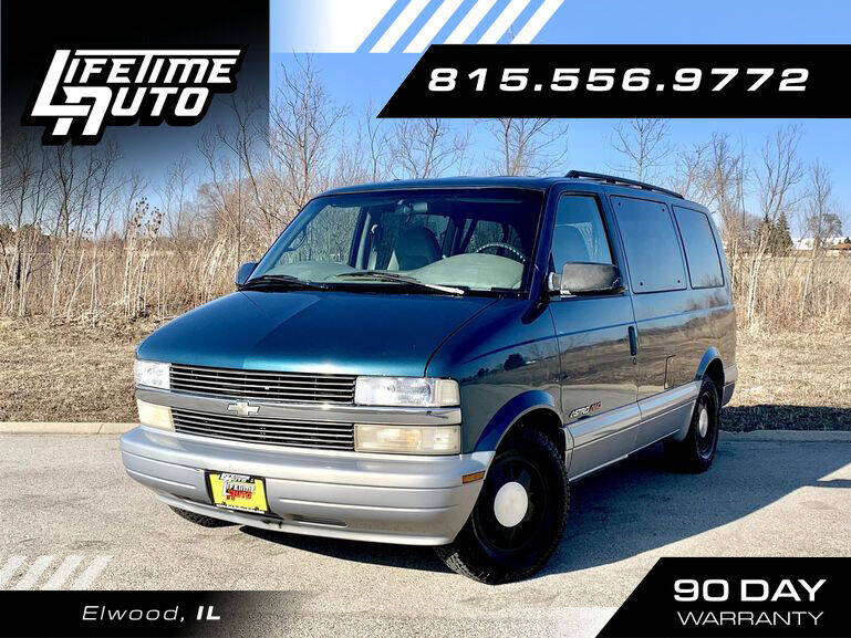 2000 Chevrolet Astro for sale in Elwood, IL