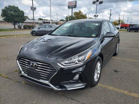 2018 Hyundai Sonata for sale at Auto Connection in Manassas VA