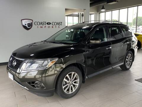 2015 Nissan Pathfinder for sale at Coast to Coast Imports in Fishers IN