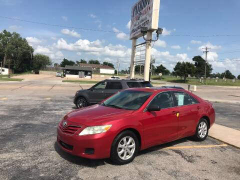 2011 Toyota Camry for sale at Patriot Auto Sales in Lawton OK