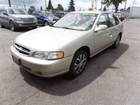 1998 Nissan Altima for sale at Gold Key Motors in Centralia WA