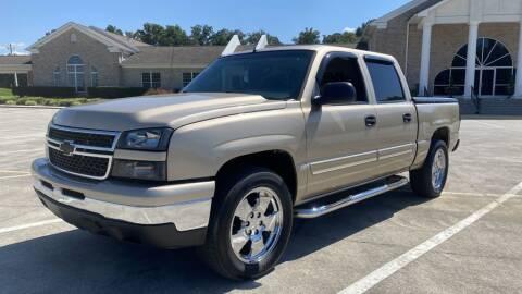 2007 Chevrolet Silverado 1500 Classic for sale at 411 Trucks & Auto Sales Inc. in Maryville TN