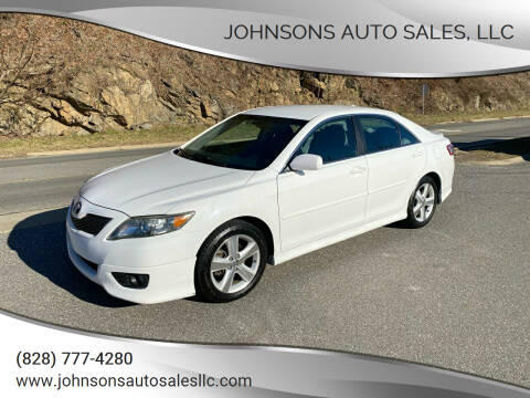 2010 Toyota Camry for sale at Johnsons Auto Sales, LLC in Marshall NC