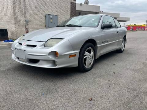 2002 Pontiac Sunfire for sale at JE Auto Sales LLC in Indianapolis IN