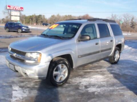 2004 Chevrolet TrailBlazer EXT for sale at Country Side Car Sales in Elk River MN