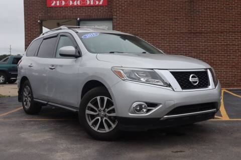 2015 Nissan Pathfinder for sale at Hobart Auto Sales in Hobart IN