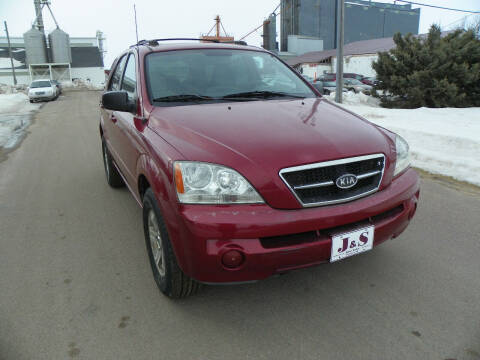 2004 Kia Sorento for sale at J & S Auto Sales in Thompson ND