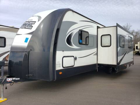 2018 Forest River Vibe 272BHS  for sale at Ultimate RV in White Settlement TX