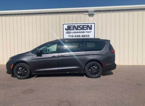 2020 Chrysler Pacifica for sale at Jensen's Dealerships in Sioux City IA