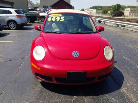 2008 Volkswagen New Beetle Convertible for sale at Discovery Auto Sales in New Lenox IL