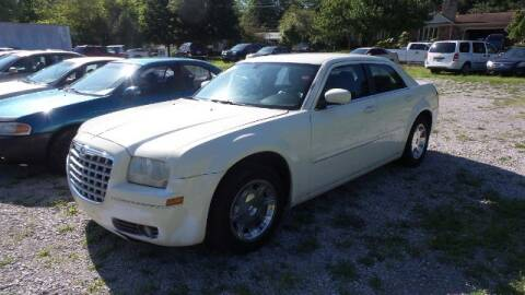 2005 Chrysler 300 for sale at Tates Creek Motors KY in Nicholasville KY