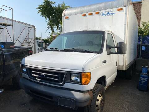 2006 Ford E-Series Chassis for sale at Carlider USA in Everett MA