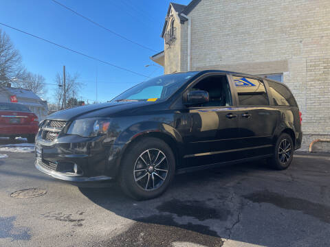 2015 Dodge Grand Caravan for sale at Strong Automotive in Watertown WI