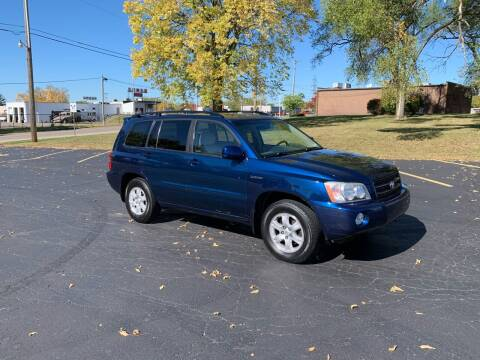 2003 Toyota Highlander for sale at Dittmar Auto Dealer LLC in Dayton OH