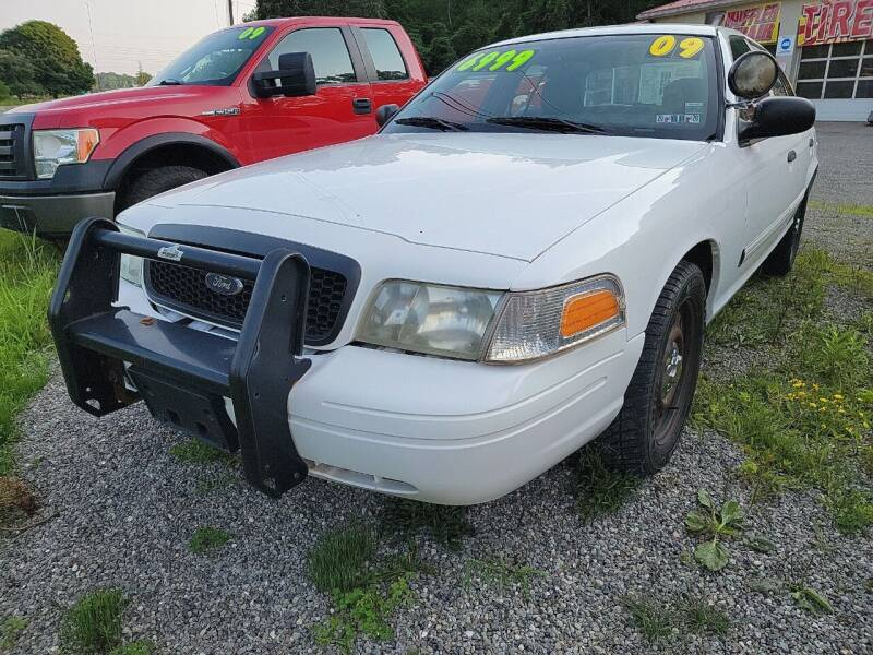 2009 Ford Crown Victoria for sale at Alfred Auto Center in Almond NY