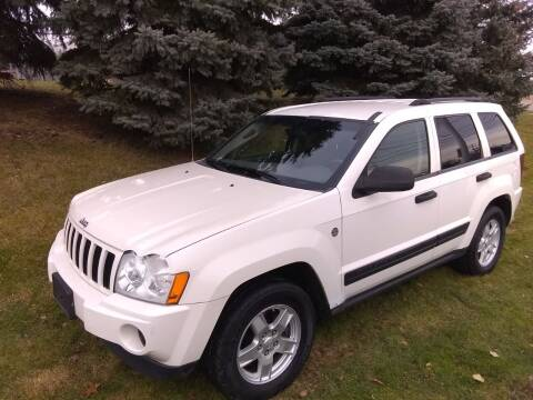 2006 Jeep Grand Cherokee for sale at Heartbeat Used Cars & Trucks in Harrison Twp MI