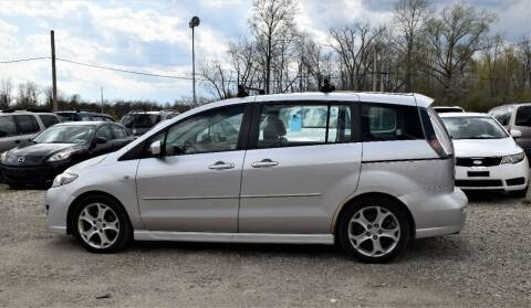 2009 Mazda MAZDA5 for sale at PINNACLE ROAD AUTOMOTIVE LLC in Moraine OH