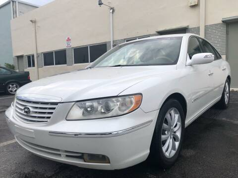 2008 Hyundai Azera for sale at Eden Cars Inc in Hollywood FL