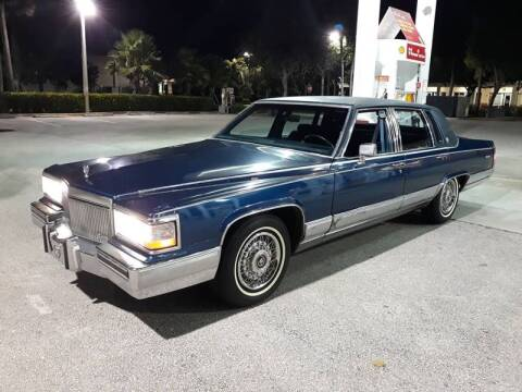 1990 Cadillac Fleetwood D'Elegance for sale at Car Mart Leasing & Sales in Hollywood FL
